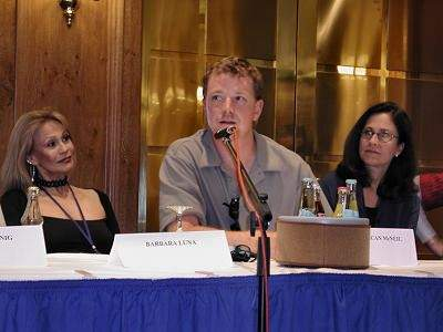 RDM at the FedCon press conference with Barbara Luna and Erin Gray