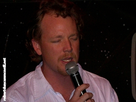 RDM sings onstage at Quark's for the Creation Cabaret